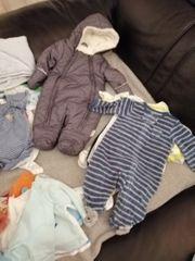 Babykleiderpaket in den Größen 50
