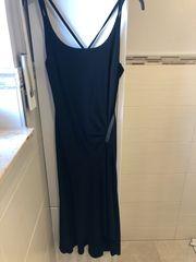 Schwarzes Kleid von Vera Mont