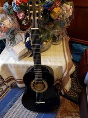 2 Stück Gitarren Neuwertig