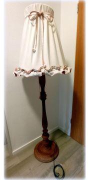 Stehlampe Landhausstil Holz