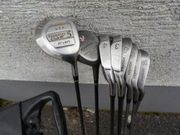Golfset bestehend aus 8 Schlägern