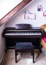 Yamaha Arius E-Piano