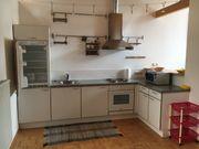 Diverses Mobiliar Küche Couch Teppich