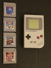 Gameboy mit 4 Spielen