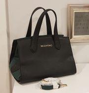 Neuwertige Handtasche mit Schultergurt von