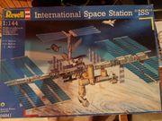 Revell 04841 International Space Station