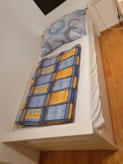 Vollholz-Bett inkl Rost 100x200cm erweiterbar
