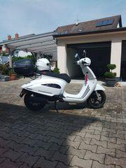 Roller Scooter Zyndapp Bella R50 -