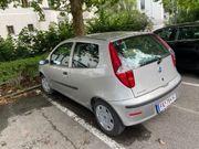 Fiat Punto aus Garage