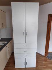 Neuwertiger Küchenkasten