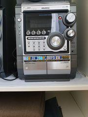 Samsung Stereoanlage mit 3-CD Wechsler