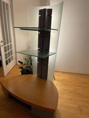 TV Bank mit zwei Glasregalen