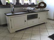 TV-Möbel holländischer Landhausstil cremeweiß