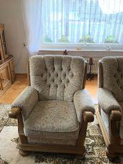 Wohnzimmmer Sessel und Couch