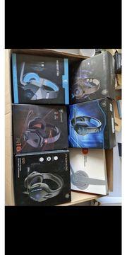 6 Headset davon eins Kabelgebunden
