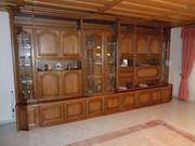 Großer Wohnzimmerschrank