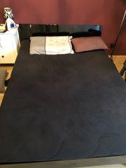 schönes Bett inkl Lattenrost und