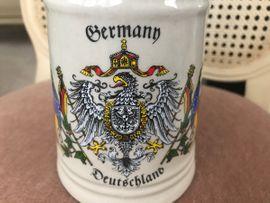 Sonstige Sammlungen - Bierkrug mit Zinndeckel 0 5