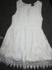 Mädchenkleid Gr 128 neu
