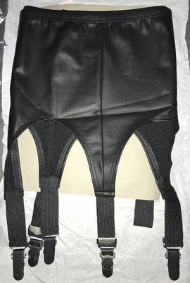 Bild 4 - Strapsgürtel im sexy WET-Look LEG - Hilden