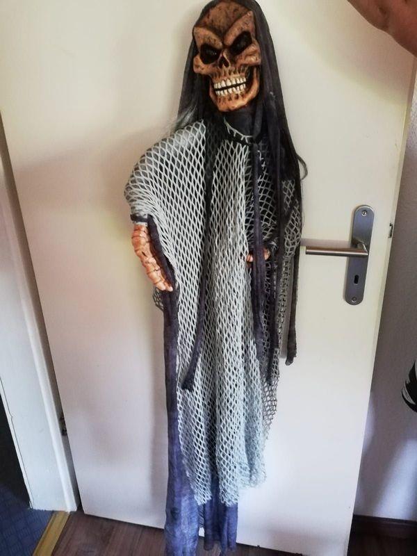 Halloweenfigur mit leuchtenden Augen Batterie
