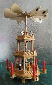 Weihnachtspyramide mit 3 Figuren-Ebenen aus Holz
