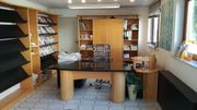 Büromöbel Echtholz Esche Schreinerarbeit