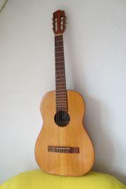 Konzertgitarre 3 4