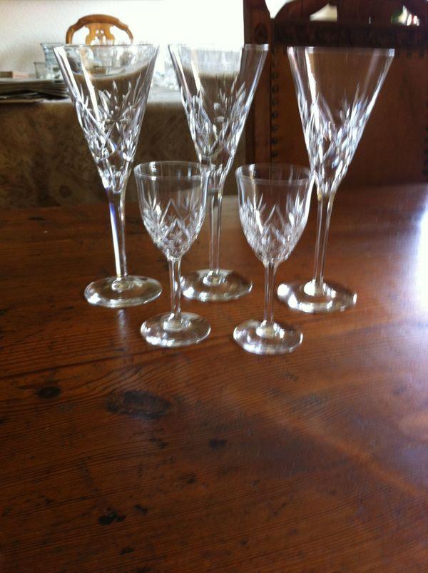 Kristallglas geschliffen Sekt- und Likörgläser