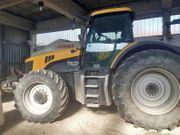 Traktor JCB 7270