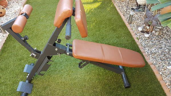 FINNLO Multifunktionsgeärt für Bauch, Arme- und Rückentrainer.