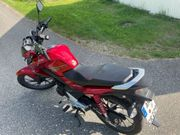 Motorrad Honda CB 125 F -