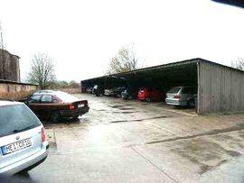 Vermietung Garagen, Abstellplätze, Scheunen - 2 660 m2 Autoplatz Gewerbegrundstück