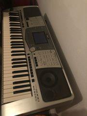 Yamaha psr2000