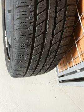 Winterräder Felgen und Reifen Peugeot: Kleinanzeigen aus Neuhofen - Rubrik Winter 195 - 295