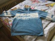 blauer Fleece-Pulli