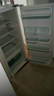 Einbaukühlschrank BOSCH 121 cm