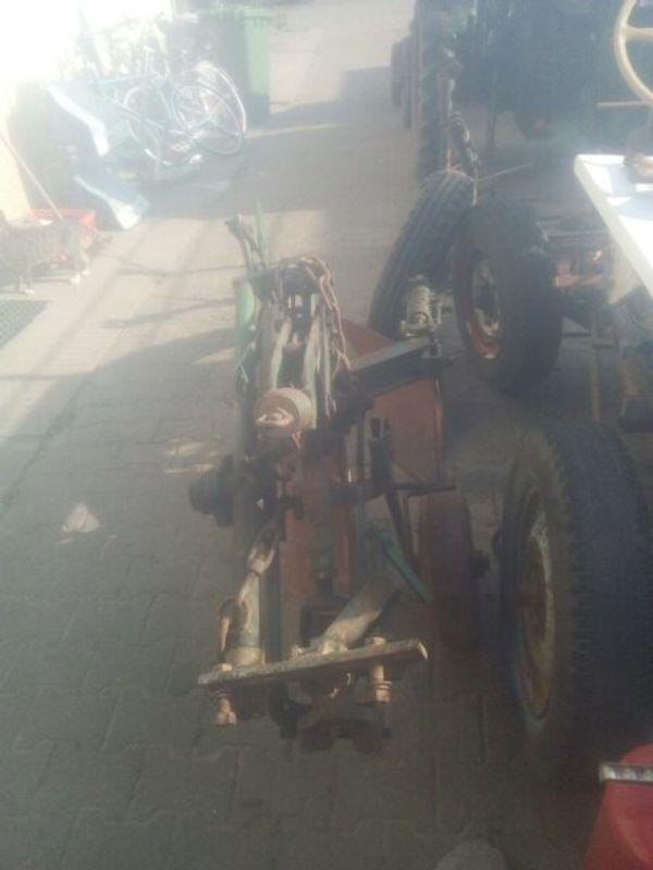 alter beetpflug für Traktor in
