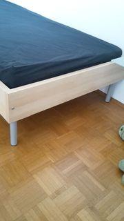 1 Bett neuwertig 90x200cm