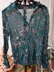Neuwertige feminine Bluse von s