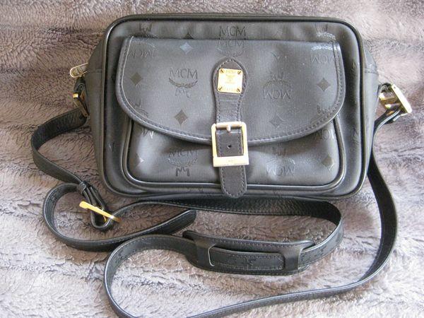 MCM Umhängetasche schwarz Vintage in München Taschen