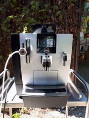 Jura Kaffeevollautomat XJ9 mit Milchaufschäumer