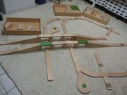 Unbespielte Holz-Autobahn abzugeben