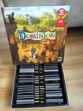Gesellschaftsspiele - Dominion - Spiel des Jahres 2009