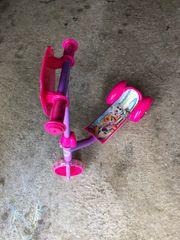 Drei Kinder Fahrzeuge Spielzeuge für