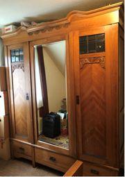 Vintage Schlafzimmer - Bett Schrank und