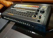 Roland TR-808 Rhythm Composer Drummachine