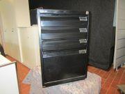 Schwarzer Metall Standcontainer von Bislay