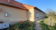 Renov Haus mit breitem Grundst