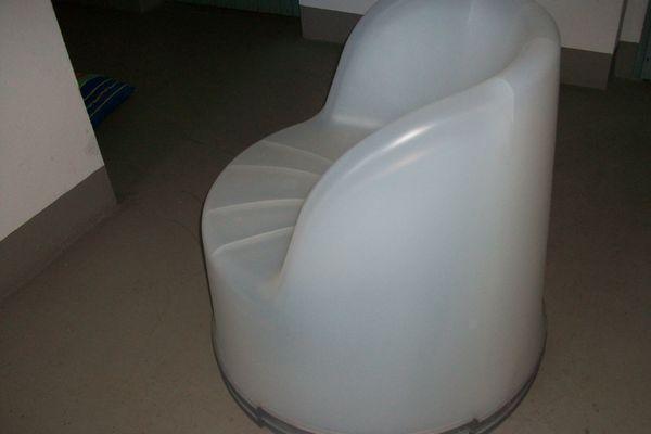 2 Sessel stabiler Kunststoff wetterf